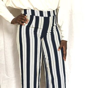 Blue and White Cropped Wide Leg Pants Size 8